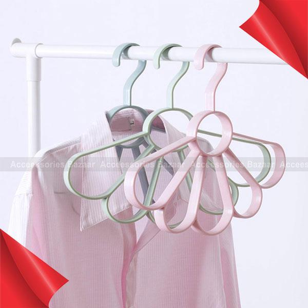 Fan-shaped Hanger